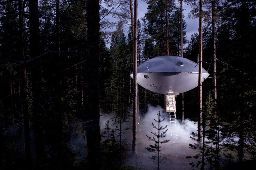 UFO Treehouse