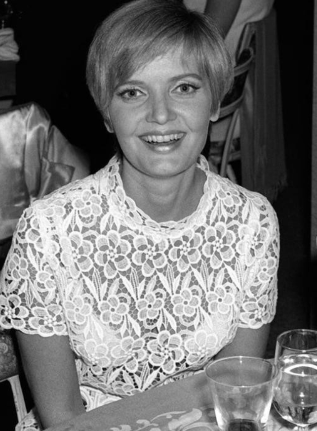 Florence Henderson, 1970