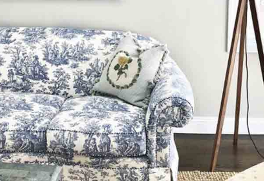Patterned Sofas Or Loveseats