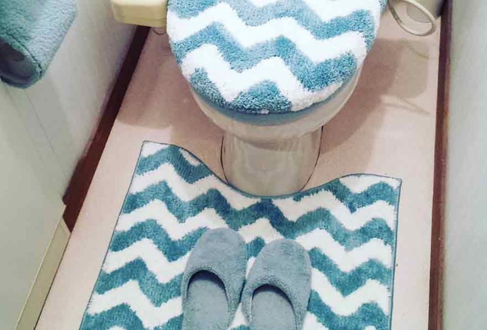 Toilet Rugs And Covers