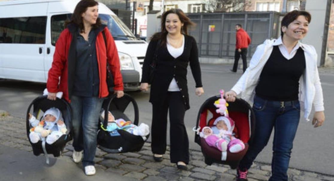 Annelerin Taşınması