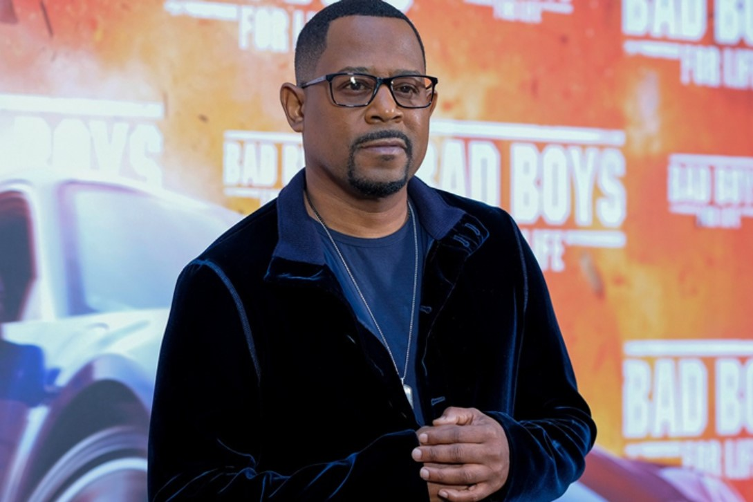 MARTIN LAWRENCE - GERMAN, AMERICAN